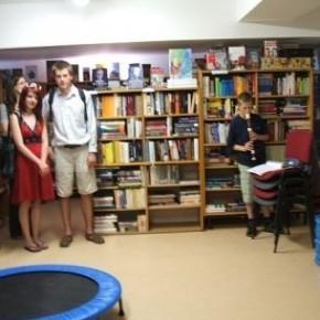 Pracovní párty v Knihovně Průhonice (Dobrovolná brigáda)